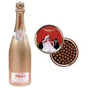 Champagne Blanc de Blancs 75 cl and box with chocolate pearls Maxim's